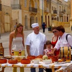Ricette di Malta: biz-zalza tal-fenek e fritturi tal-pastard