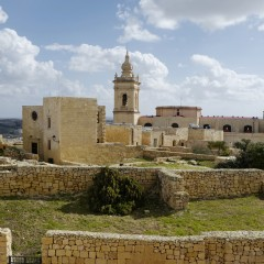 Ponte dell'8 dicembre, tanti motivi per scegliere Malta