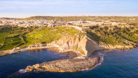 Gozo Coastal Walk, una passeggiata tra la natura selvaggia dell'isola