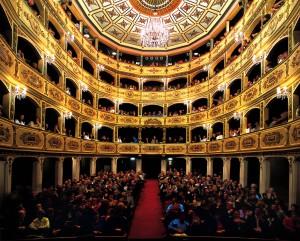 Manoel Theatre, la top 40 di Air Malta