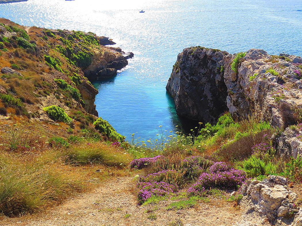 Il-Qala trekking