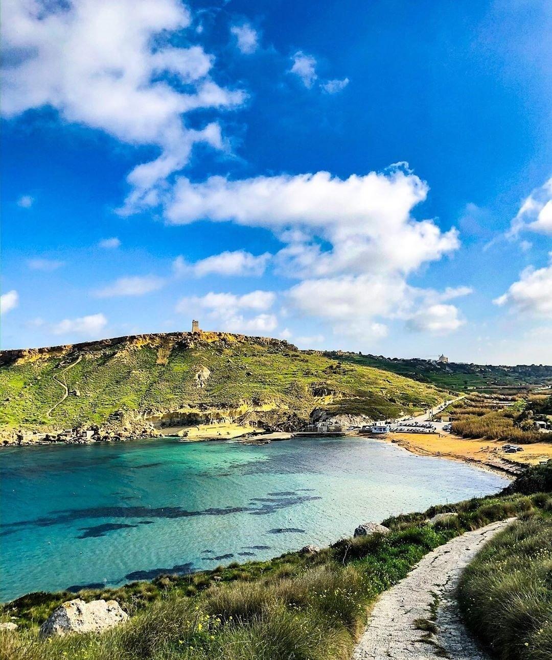 Wied il-Ġnejna - Malta