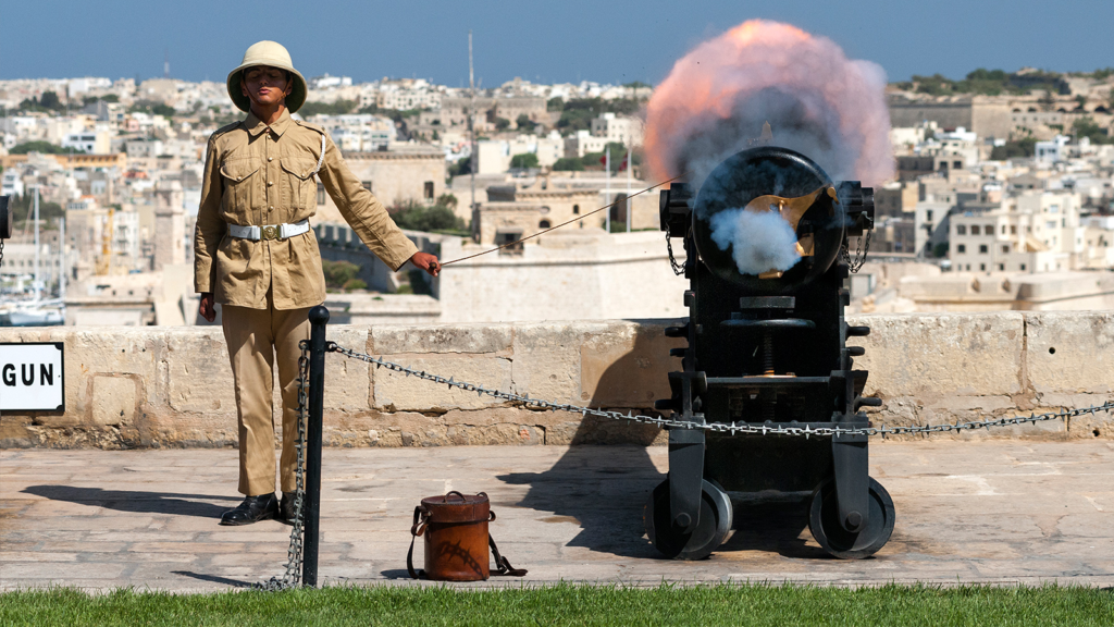 malta saluting battery
